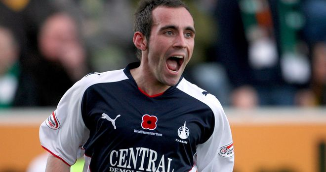 Mark Stewart: Former Falkirk striker has joined Dundee on a free transfer