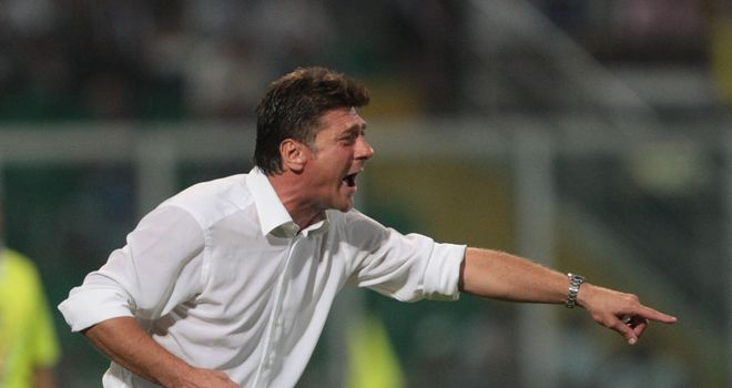 Walter Mazzarri's men are two points adrift of Juve