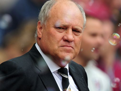 Martin Jol: Frustrated with first half at Upton Park