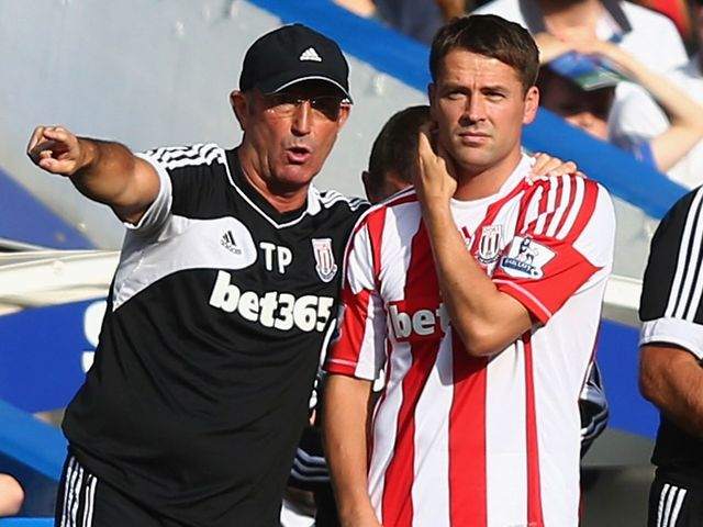 Michael Owen: Could start at Palace