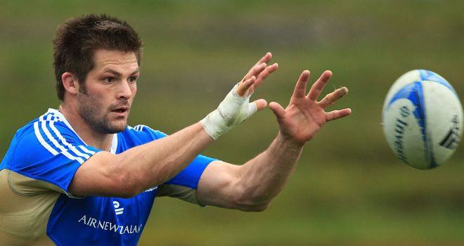 Richie McCaw: Will resist big-money offers from Europe