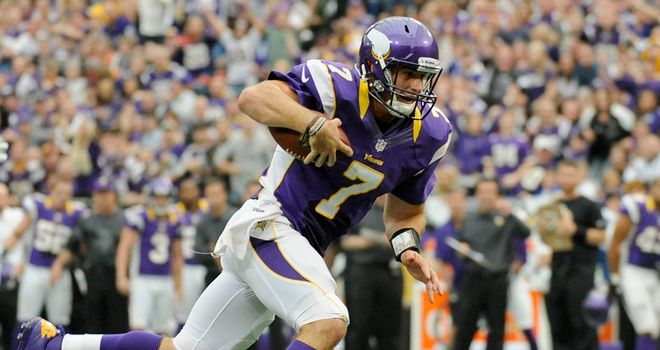 Christian Ponder: Made plays with his arm and feet in Vikings victory