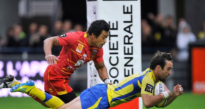 Try-fest: Morgan Parra scores for Clermont against Perpignan