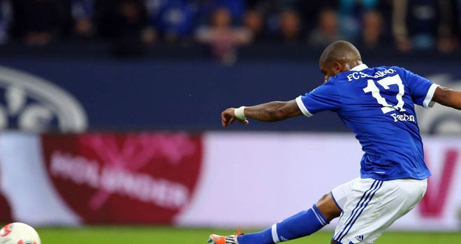 Farfan gave Schalke the lead from the spot