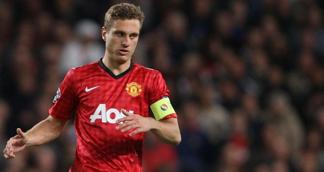 Nemanja Vidic: Manchester United captain unlikely to return until Christmas