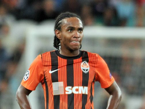 Willian: Signs for Anzhi Makhachkala