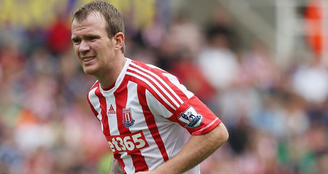 Glenn Whelan: Suffered a recurrence of a hamstring injury while on international duty