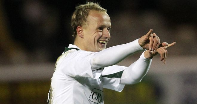 Leigh Griffiths: Hibernian want to keep the on-loan striker beyond January