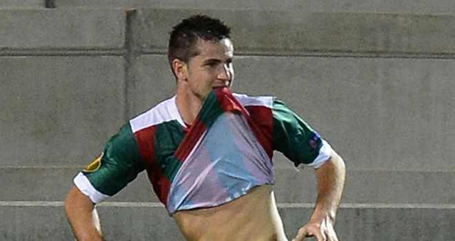 Valentin Roberge: Opens the scoring for Maritimo