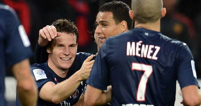 Kevin Gameiro celebrates his winning goal that took PSG top of the table