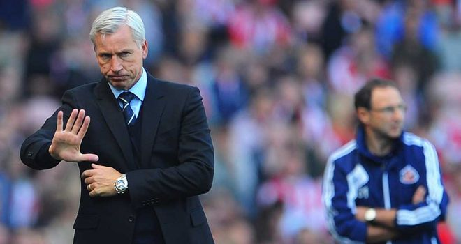 Alan Pardew: Not pleased with abusive chants