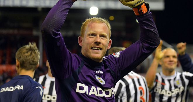 Craig Samson: St Mirren goalkeeper set for Motherwell move
