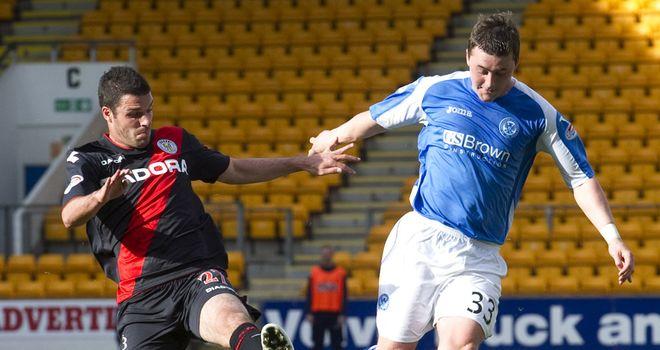 Tam Scobbie: St Johnstone defender fit for visit of Dundee United on Monday