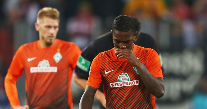 Eljero Elia: Werder Bremen deny they have received any offers for the winger