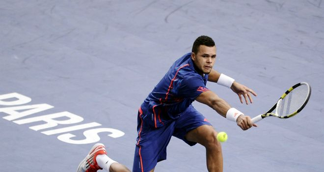 Jo-Wilfried Tsonga: Pushed all the way by Julien Benneteau