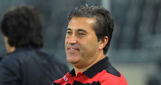 Jose Peseiro: Braga coach hoping for Old Trafford party