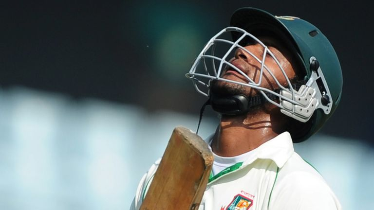 Shakib Al Hasan: Injury blow