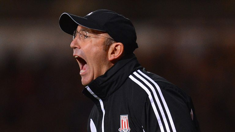 Tony Pulis is hoping his Stoke side can benefit from home support