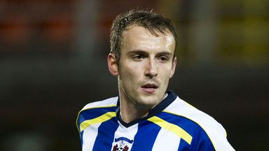 Liam Kelly: Will talk personal terms and undergo a medical at Ashton Gate
