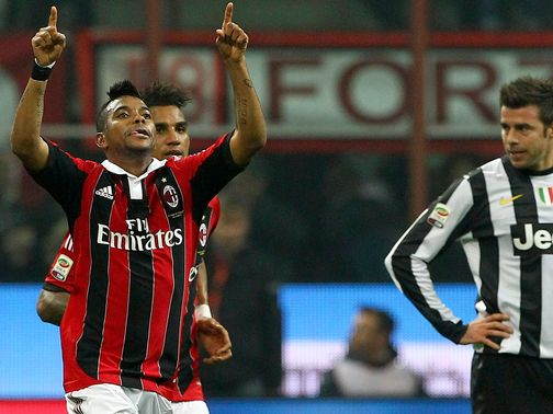Robinho enjoys his winner for AC Milan