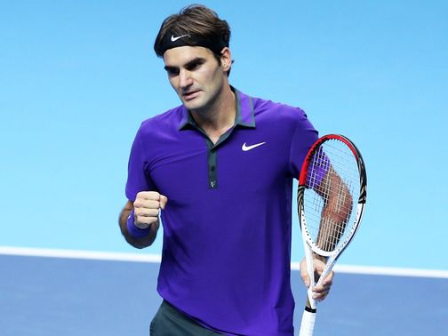 Roger Federer: Powered into last four