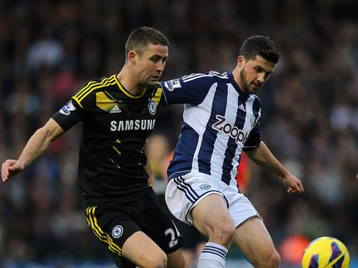 Shane Long holds off Gary Cahill