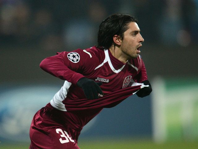 Rui Pedro celebrates his goal for Cluj