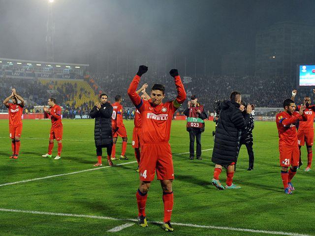 Javier Zanetti celebrates Inter Milan's triumph