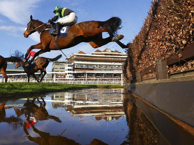 Harry Topper: Readily landed the odds at Exeter