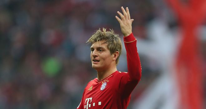 Toni Kroos celebrates a second for Bayern