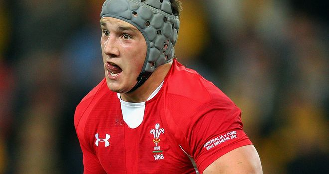 Jonathan Davies: Set to boost Warren Gatland's selection