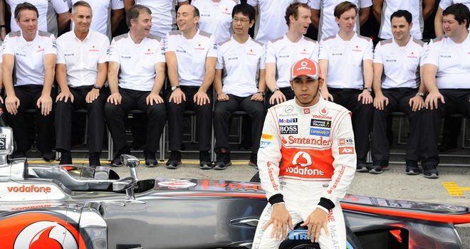 Hamilton poses for a farewell snap with McLaren