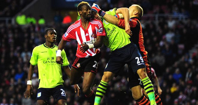 Louis Saha: Battling for Sunderland prior to his move to Lazio