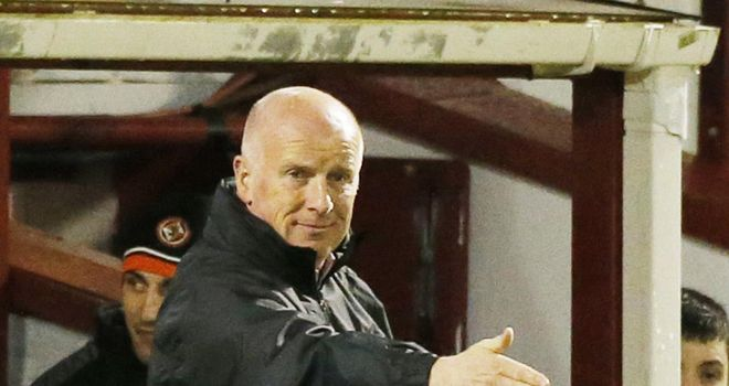 Peter Houston: Dundee United manager's wait for a home win continues