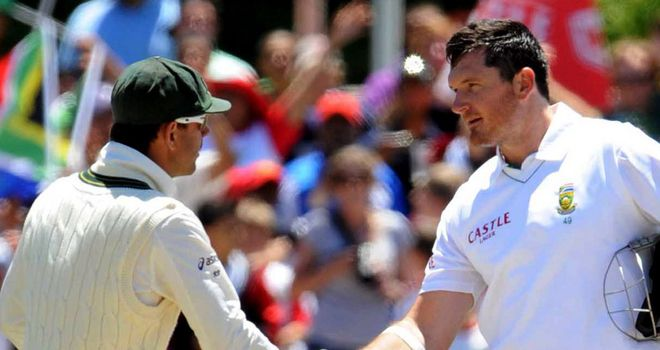 South Africa captain Graeme Smith paid tribute to the competitive Ricky Ponting