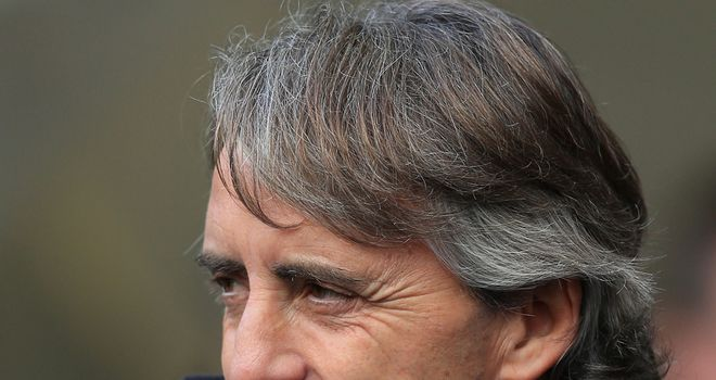 Roberto Mancini: Hoping to see Manchester City keep their challenge alive