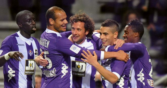 Toulouse celebrate against Lyon