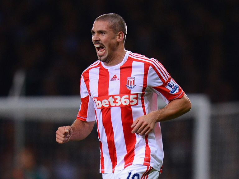 Jon Walters celebrates his goal at Upton Park