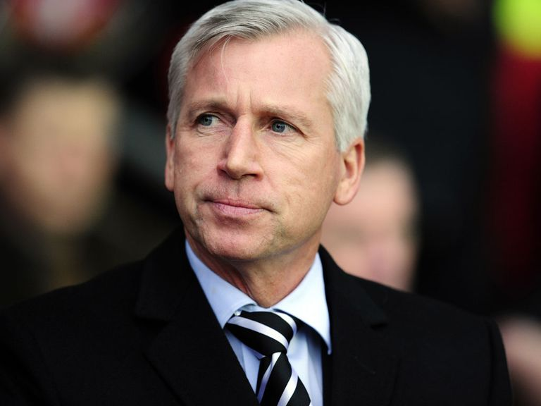 Alan Pardew: Buoyant ahead of Everton's visit to St James' Park