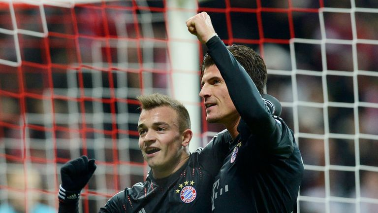 Xherdan Shaqiri (l) and Mario Gomez: Both on target for Bayern