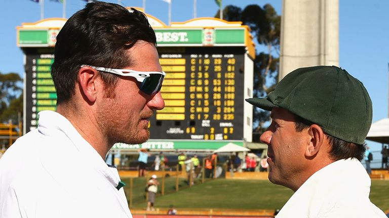 Graeme Smith and Ricky Ponting after their final meeting in Test cricket