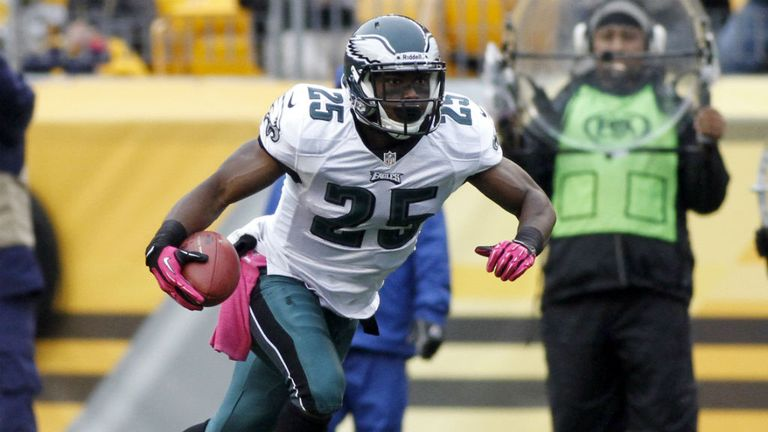 LeSean McCoy: Will return to action after four weeks on the sidelines