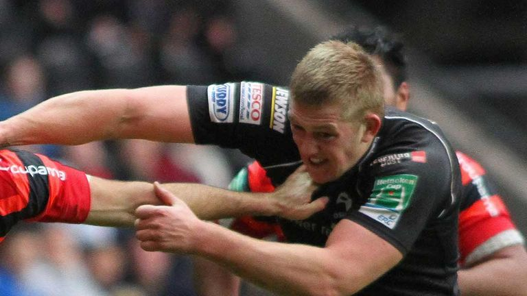 Lloyd Peers: First contract with Ospreys