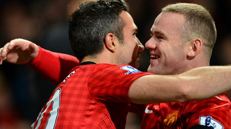Goals by Robin van Persie and Wayne Rooney have steered United to the top of the Premier League