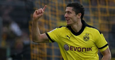 Robert Lewandowski: Bayern Munich chairman Uli Hoeness plays down speculation about a move for Borussia Dortmund striker