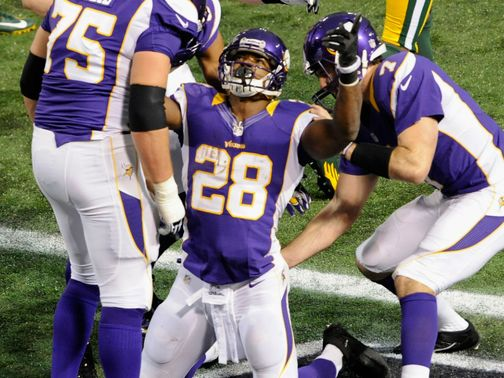 Adrian Peterson: So close to record but Vikings into play-offs