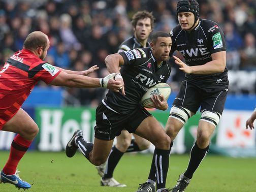Eli Walker: Try scorer for The Ospreys