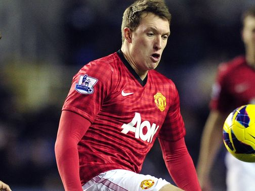 Phil Jones: Feels United have to keep pushing at the top