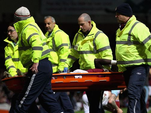 Mohamed Diame is stretchered off
