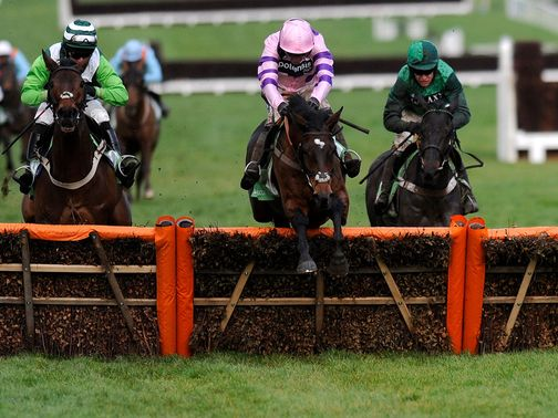 Zarkandar (centre) should win the Kingwell Hurdle